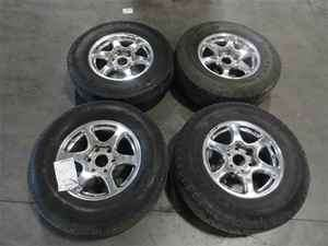 2005 GMC Yukon OEM 17 Wheels & Tire Set LKQ