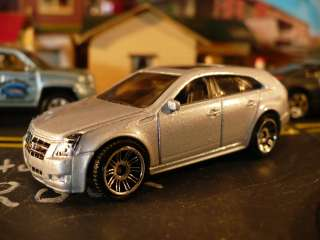 Cadillac CTS 4 Wagon 2010, Switchblade Silver Metallic