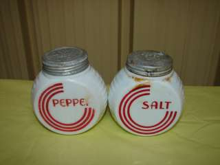 Circle Milk Glass Anchor Hocking Fire King Salt Pepper Shaker