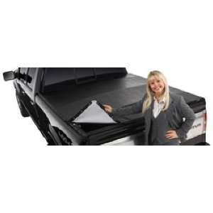 Extang 2411 BlackMax 6 1/2 Tonneau Bed Cover with Rail