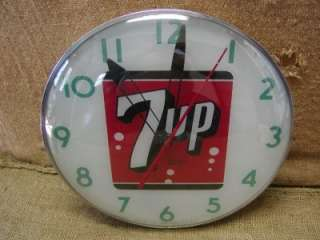 Vintage 1960s 7up Lighted Clock  Antique Old Curved Glass Cola Soda