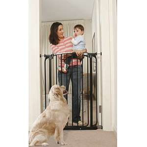 this Dream Baby Extra Tall Swing Close Gate in black and more baby